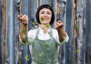 Rebecca Clopath gibt Hanf Kochkurse